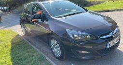 2012 Vauxhall Astra 1.6 16v Exclusiv Auto 5dr